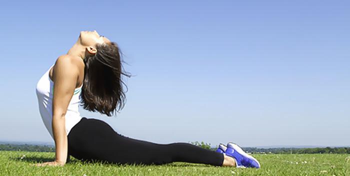 FAre yoga da soli - 8 consigli per la pratica autonoma