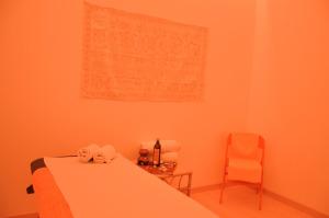 La Cabina Arancio per trattamenti, riequilibri energetici, massaggi....