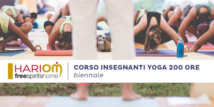 Corso insegnanti yoga 200 ore Biennale a Cesena